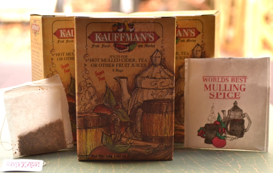 Kauffman's Fruit Farm & Market Mulling Spider Spice | Mulled Cranberry Wine | Warm Spiced Cranberry Wine | Glühwein | www.craftycookingmama.com