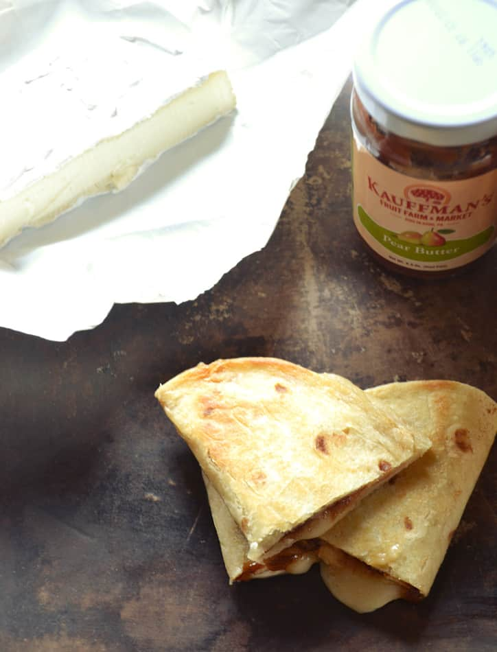 Brie Cheese & Fruit Butter Quesadillas | Warm Brie & Fruit Butter in Fried Butter Tortilla | www.craftycookingmama.com