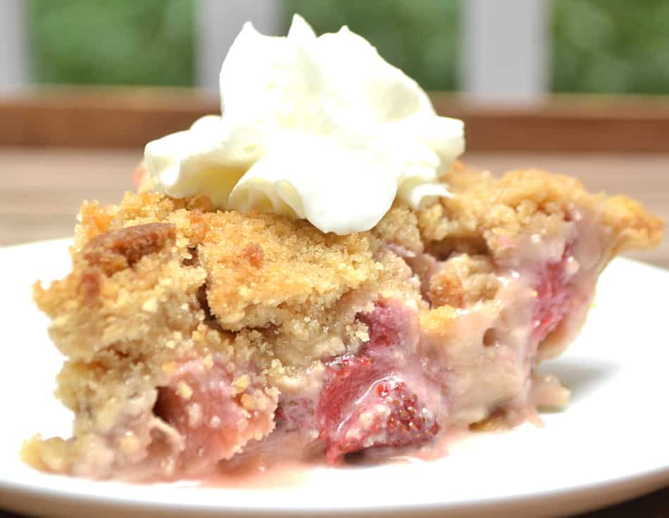 A sweet and simple French Strawberry Rhubarb Pie with a buttery brown sugar crumb topping | www.craftycookingmama.com