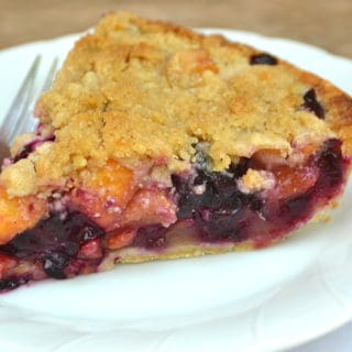 Peach Blueberry Pie with Crumble Topping | www.craftycookingmama.com