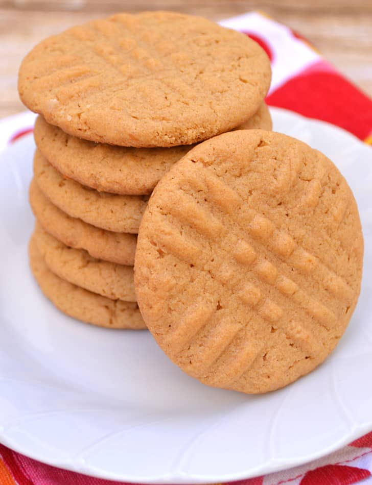 Betty Crocker Peanut Butter Cookie | www.craftycookingmama.com