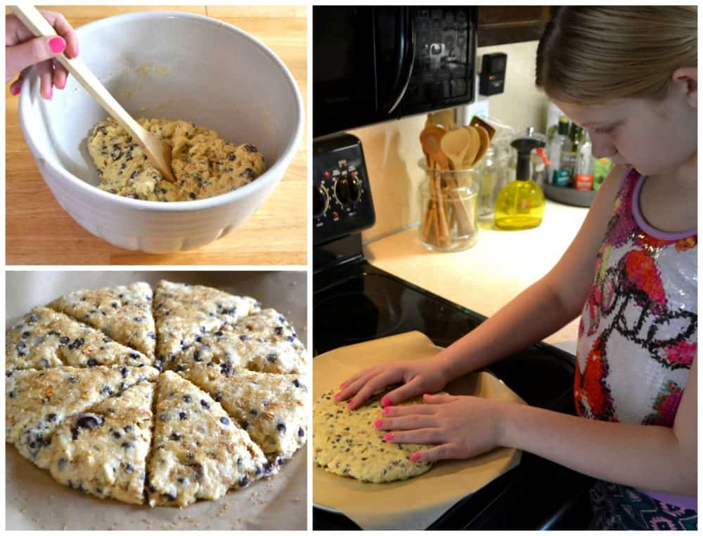 Making Chocolate Chip Granola Breakfast Scones | www.craftycookingmama.com