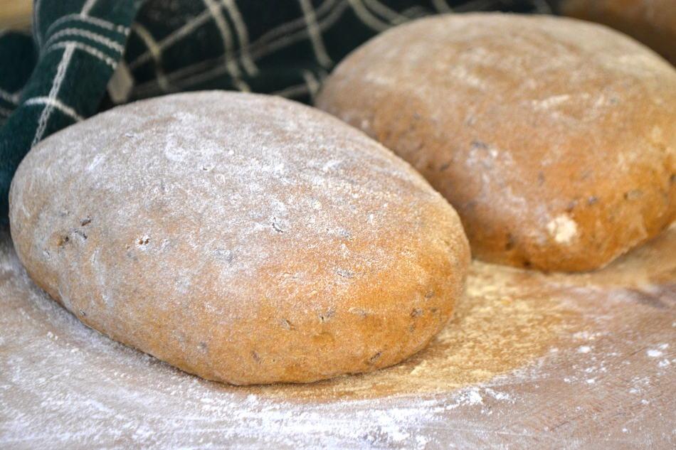 Rye Bread | www.craftycookingmama.com