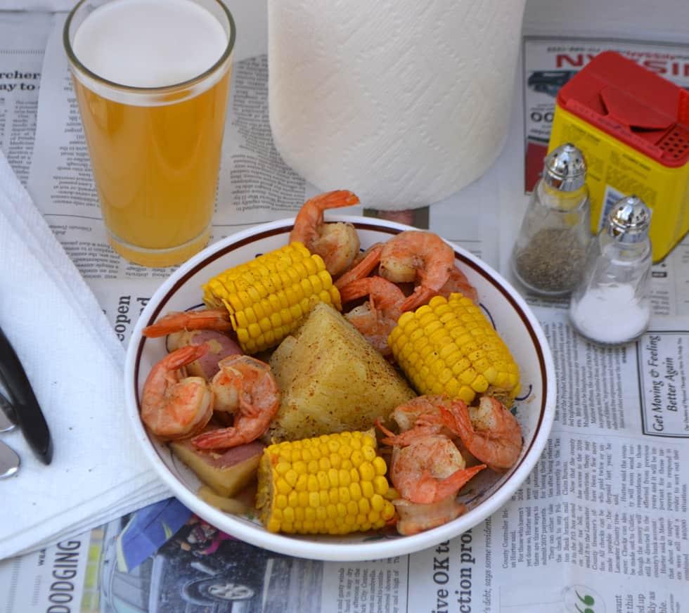 Beer-Boiled Shrimp & Corn Boil | Sunshine Sweet Corn | www.craftycookingmama.com