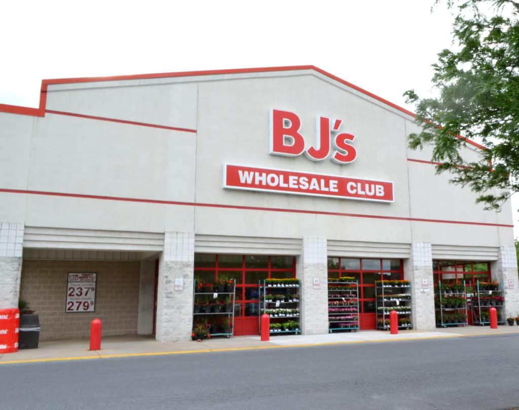 Pantry Staple Savings at BJ's Wholesale | www.craftycookingmama.com