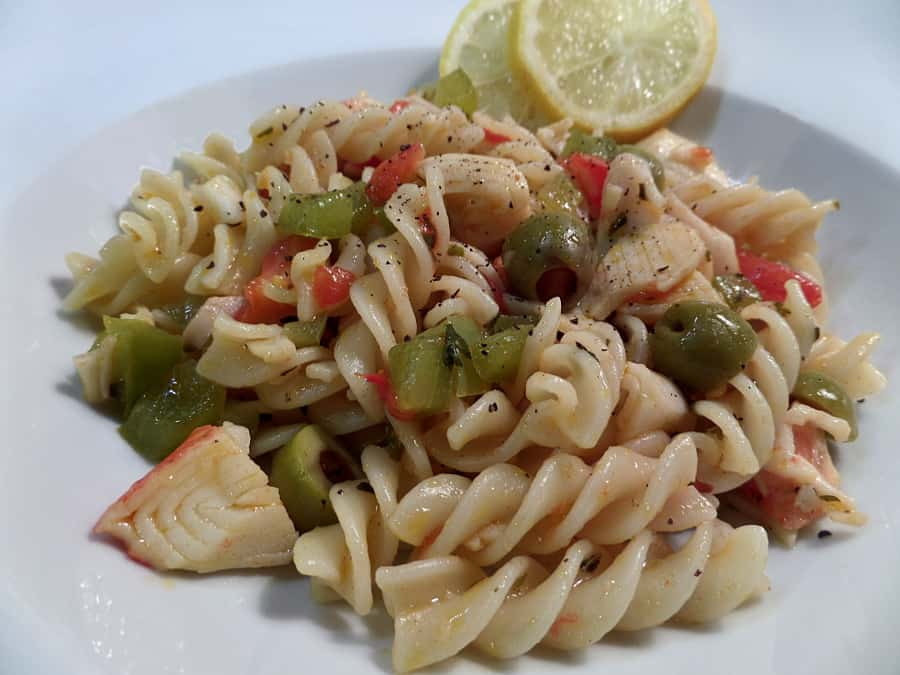 Faux Crabmeat with Vegetables and Pasta