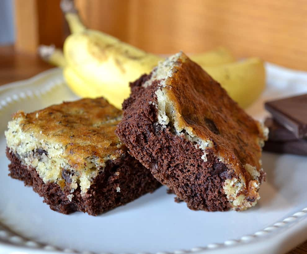 Chocolate Chip Black Bottom Banana Bars - craftycookingmamam.com