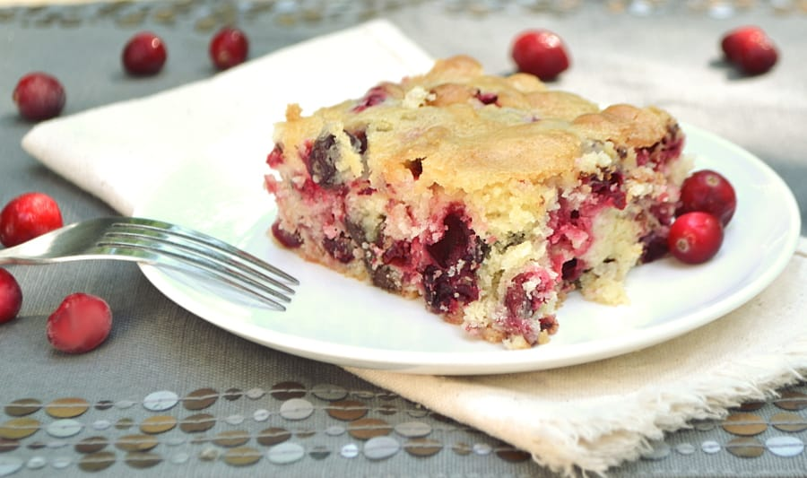 A simple yet delicious buttery moist cake booming with flavor from tart fresh cranberry and decadent dark chocolate chips | craftycookingmama.com