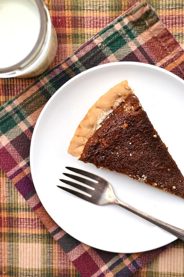 Molasses Pie - a simple Amish/Mennonite PA Dutch pie | Similar to a shoofly pie | Chewy, sweet, unique - delicious | www.craftycookingmama.com