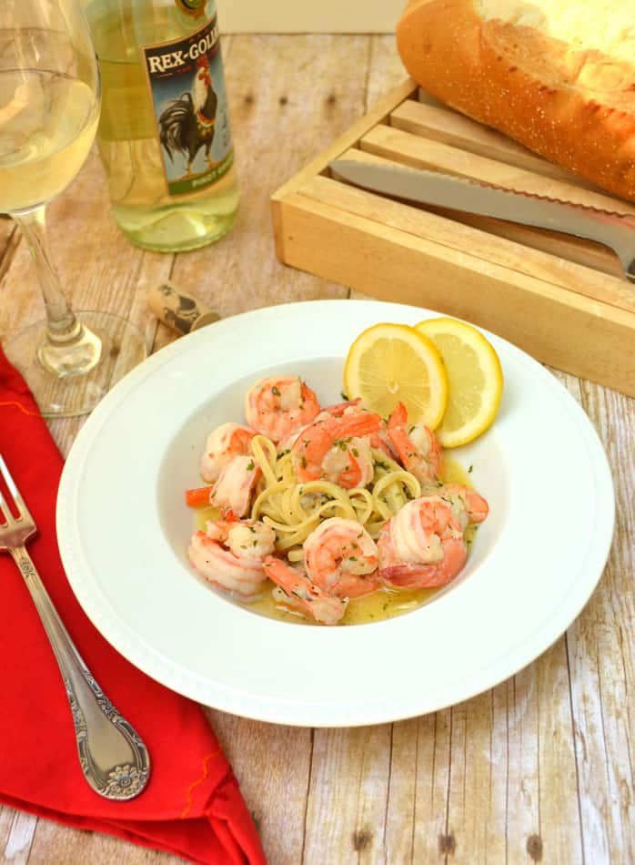 Shrimp Scampi - A delicious buttery garlic seafood dish that needs only a handful of ingredients & a half hour to make | www.craftycookingmama.com