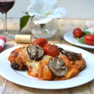 Cheesy Tomato, Mushroom & Spinach Baked Gnocchi - Quick, Easy & Delicious | www.craftycookingmama.com