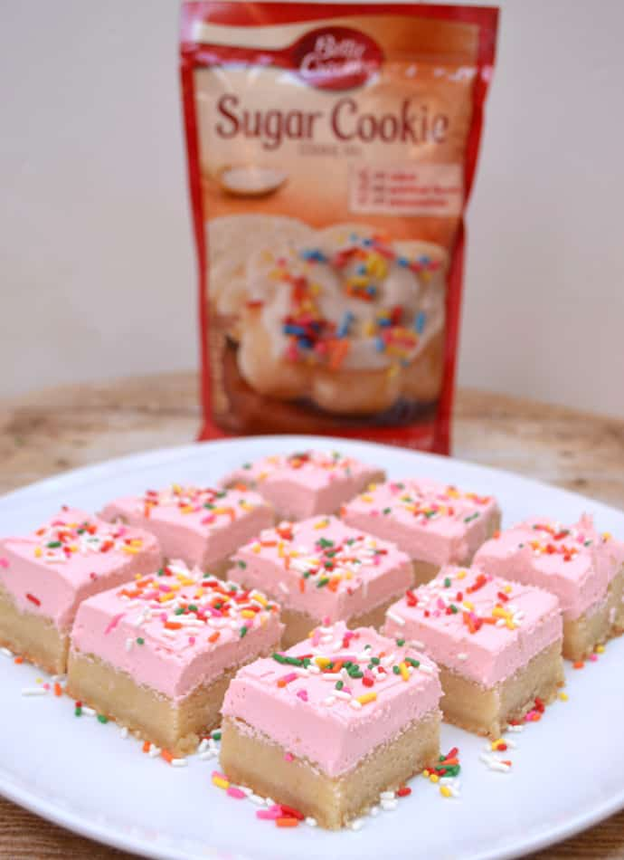 Soft & Chewy Sugar Cookie Bars with Buttercream Frosting | www.craftycookingmama.com