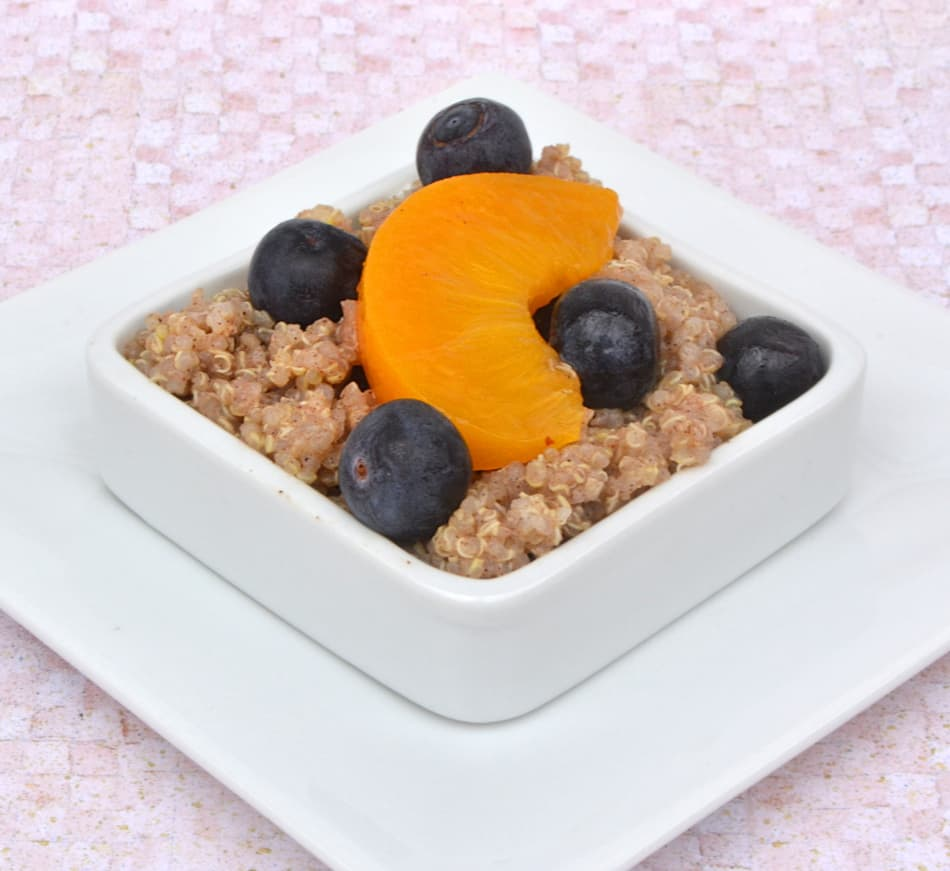 Peach & Blueberry Quinoa Dessert Salad | Healthy, Sweet, Quick & Delicious | www.craftycookingmama.com