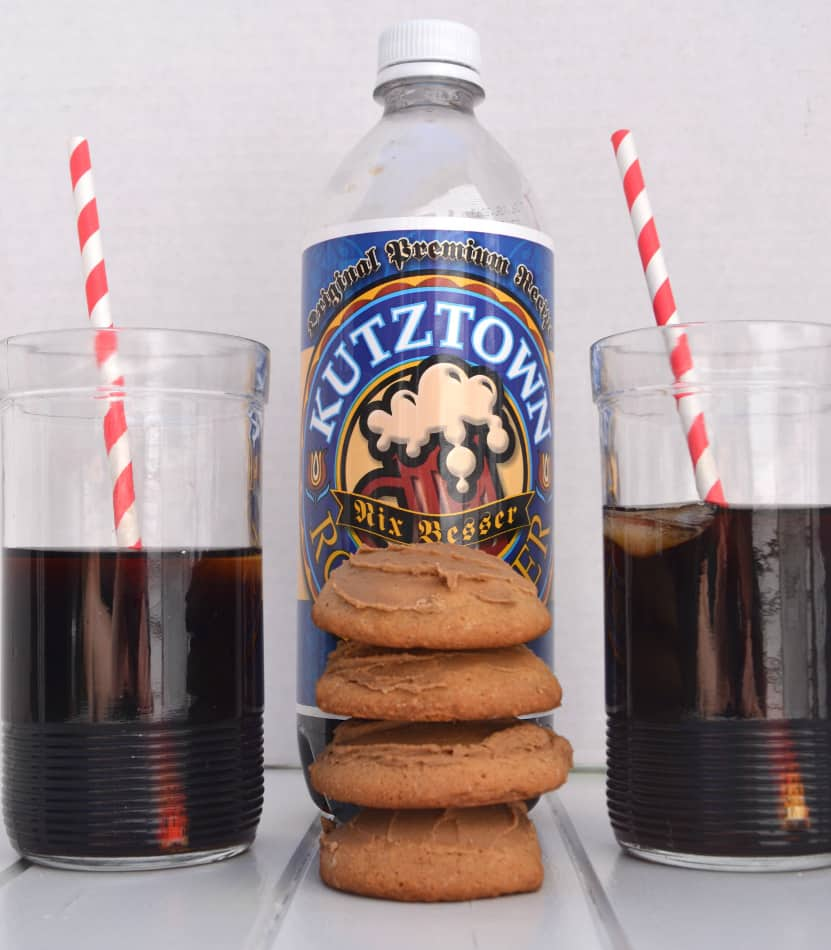 Frosted Root Beer Cookies | www.craftycookingmama.com