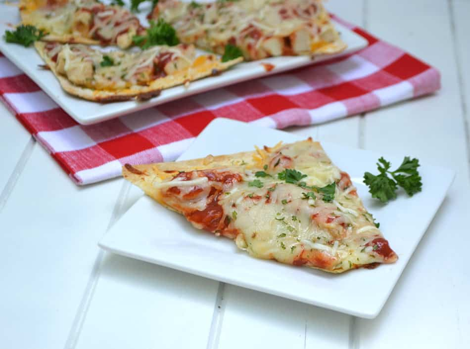 Chicken Parmesan Pizza & Cheesy Chicken Quesadillas using Flatout® Flatbreads. Quick, delicious & better for you | www.craftycookingmama.com