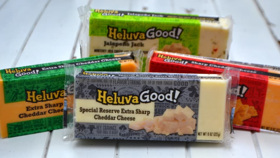 Chunky Cheesy Tuna Salad | Makes a great sandwich or dip | www.craftycookingmama.com