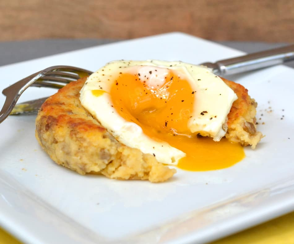 Sausage and Cheese Fried Grit Cakes with Egg