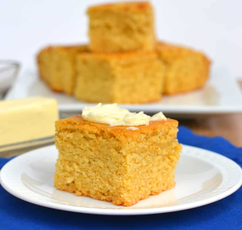 Moist Honey Cornbread | www.craftycookingmama.com