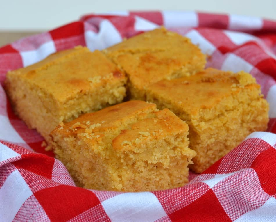 Honey Cornbread | www.craftycookingmama.com